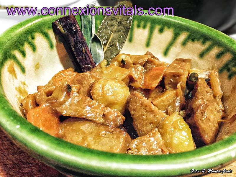 Estofado de Seitan con Salvia y Salsa de Membrillo