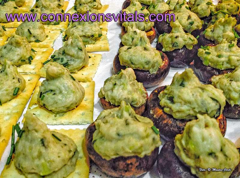 Setas Portobello con Pate de Judias Blancas al Pesto